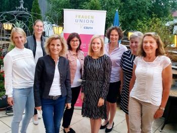 Katharina Hüls mit 100% der Stimmen als Vorsitzende der Frauen Union Rosenheim Land bestätigt