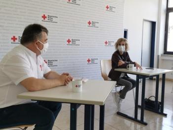 BRK: Sorge wegen fehlender Schutzausrüstung und Lage in den Pflegeheimen MdB Daniela Ludwig im Gespräch mit dem Krisenstab des Roten Kreuzes