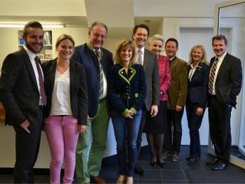 CSU-Generalsekretär Andreas Scheuer besucht Geschäftsstelle im Wasserkraftwerk