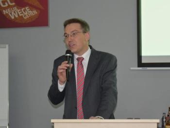 """Diskussion mit MdL Otto Lederer zum Thema """"Duale Ausbildung - Auslauf- oder Vorzeigemodell""""?"""