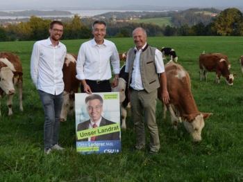 MdL Otto Lederer besucht den Chiemgau. Ökologie steht in Rimsting im Mittelpunkt