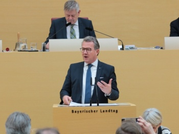 Kulturfonds Bayern – Sicherheit für Kulturschaffende auch im Landkreis Rosenheim