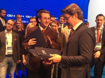 Stephan Schlier hat CSU-Akademie erfolgreich absolviert